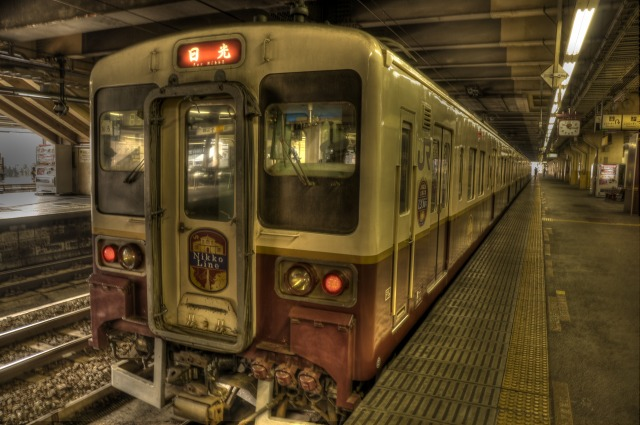 日光線の電車